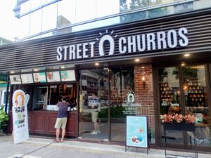 Street Churros outside2