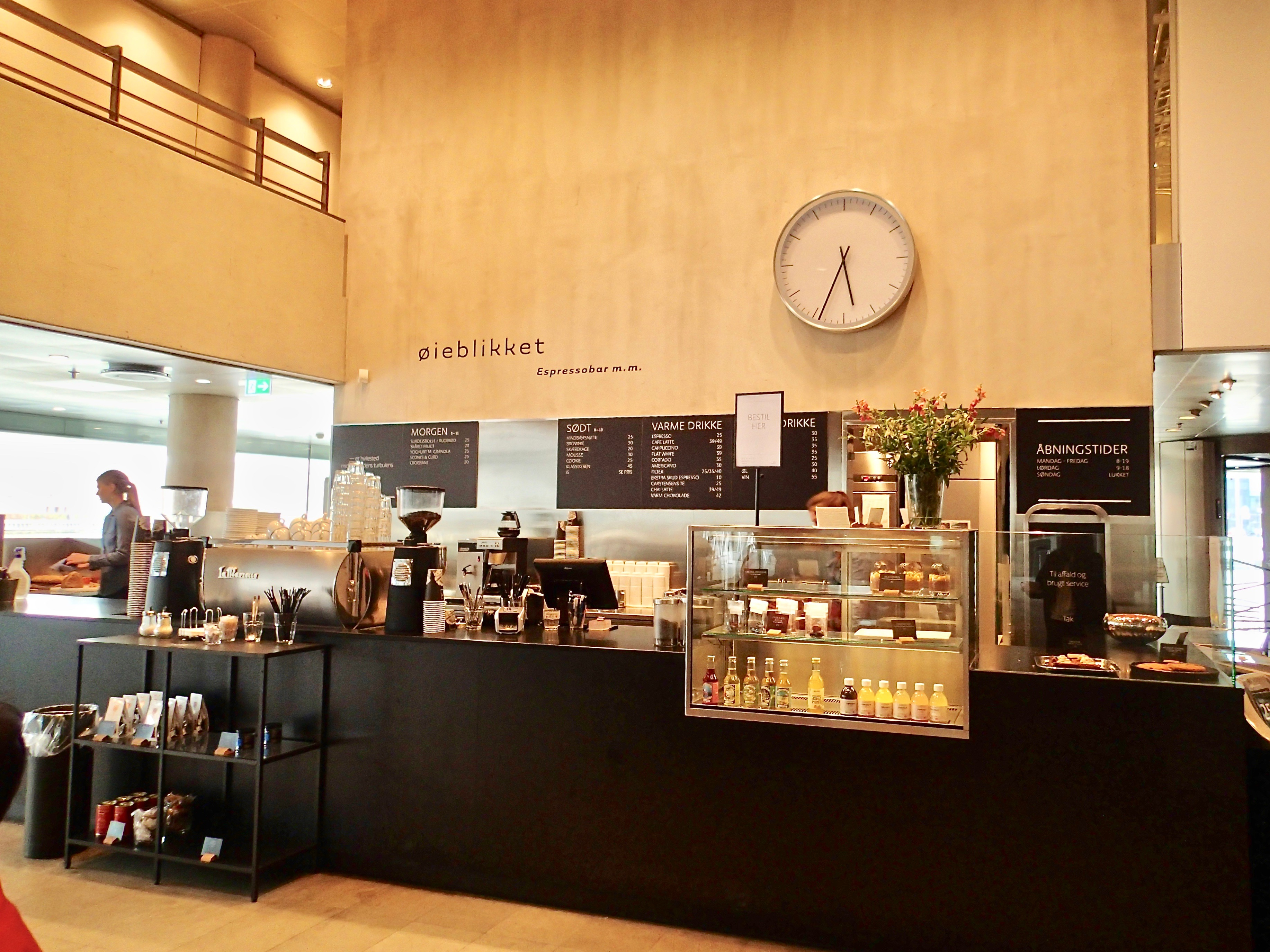 Café Øieblikket inside4