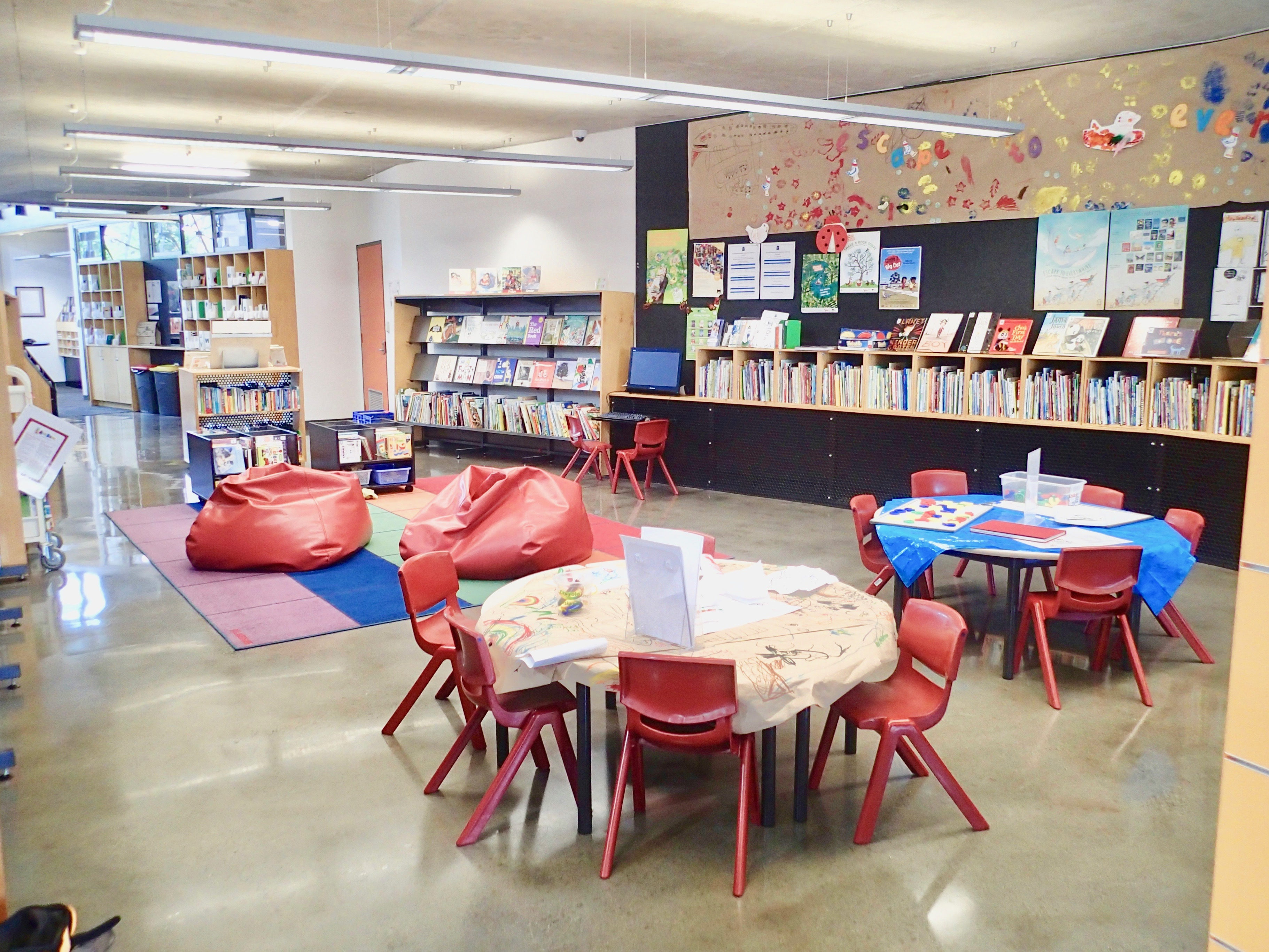 East Melbourne Library inside3