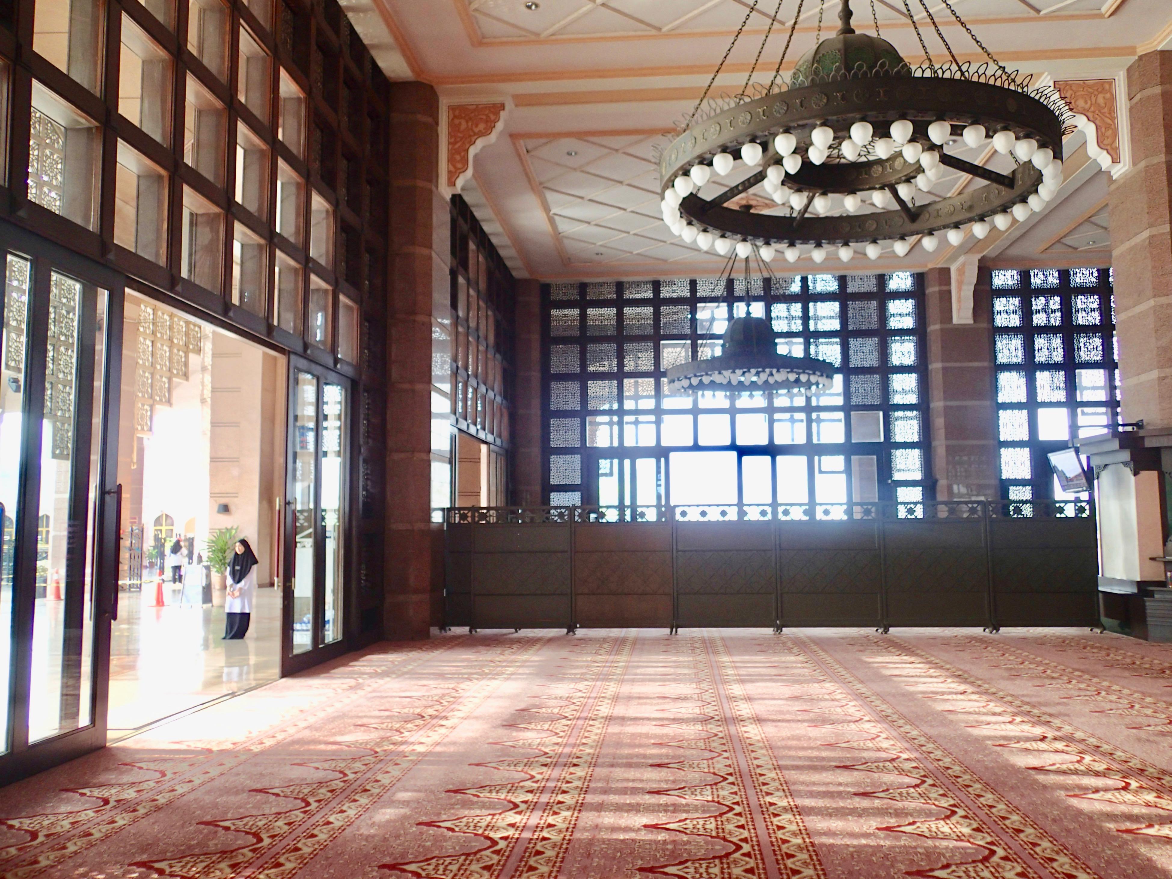 Masjid Putra inside6