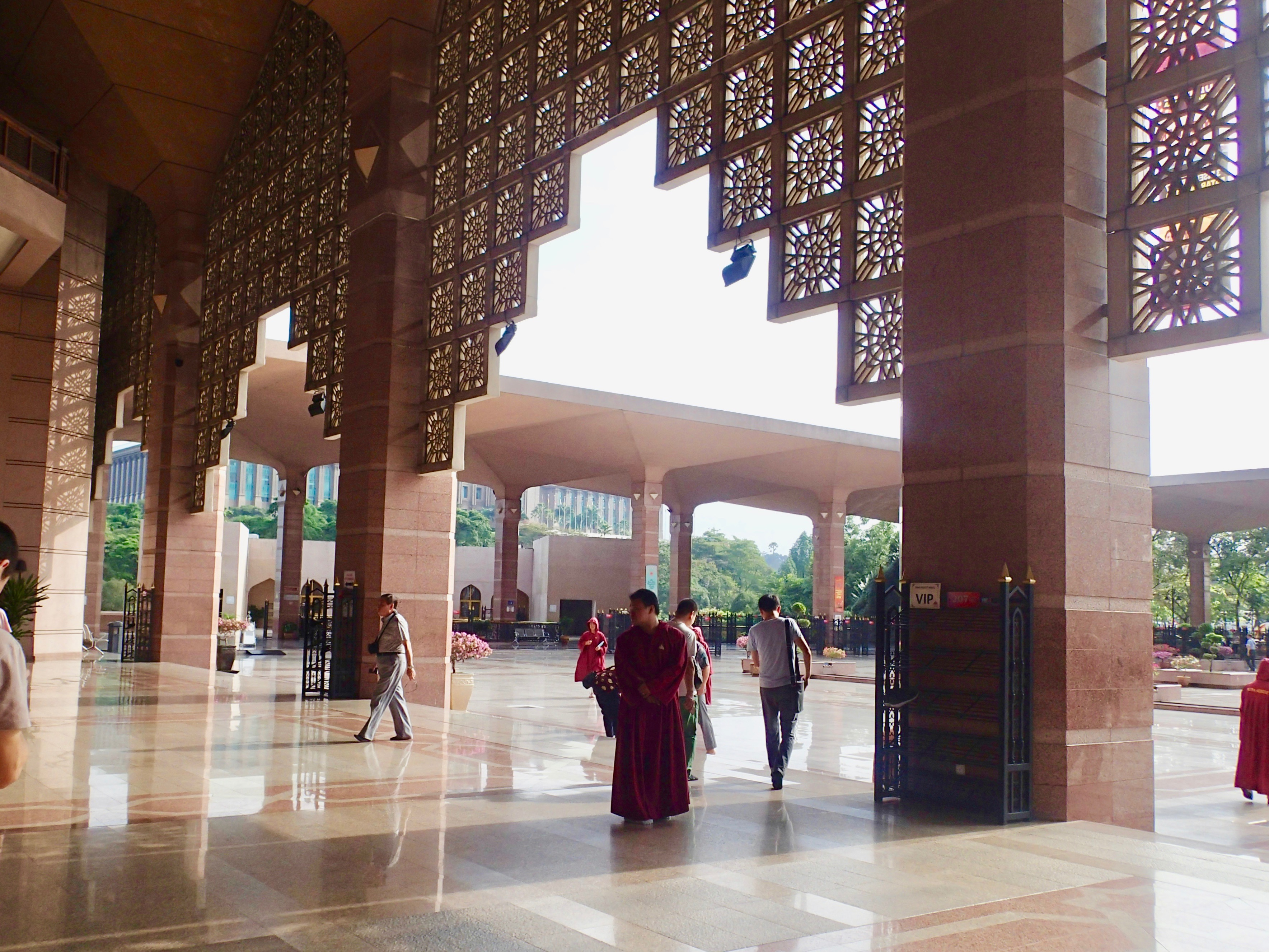 Masjid Putra inside3