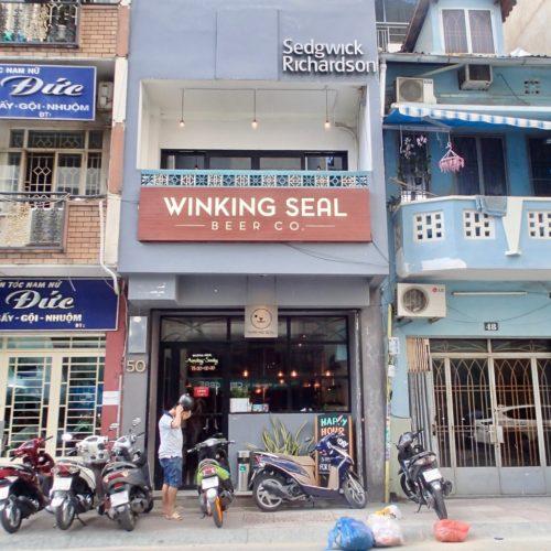 winkingseal outside2