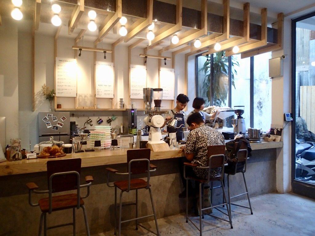 Là Việt Coffee inside2